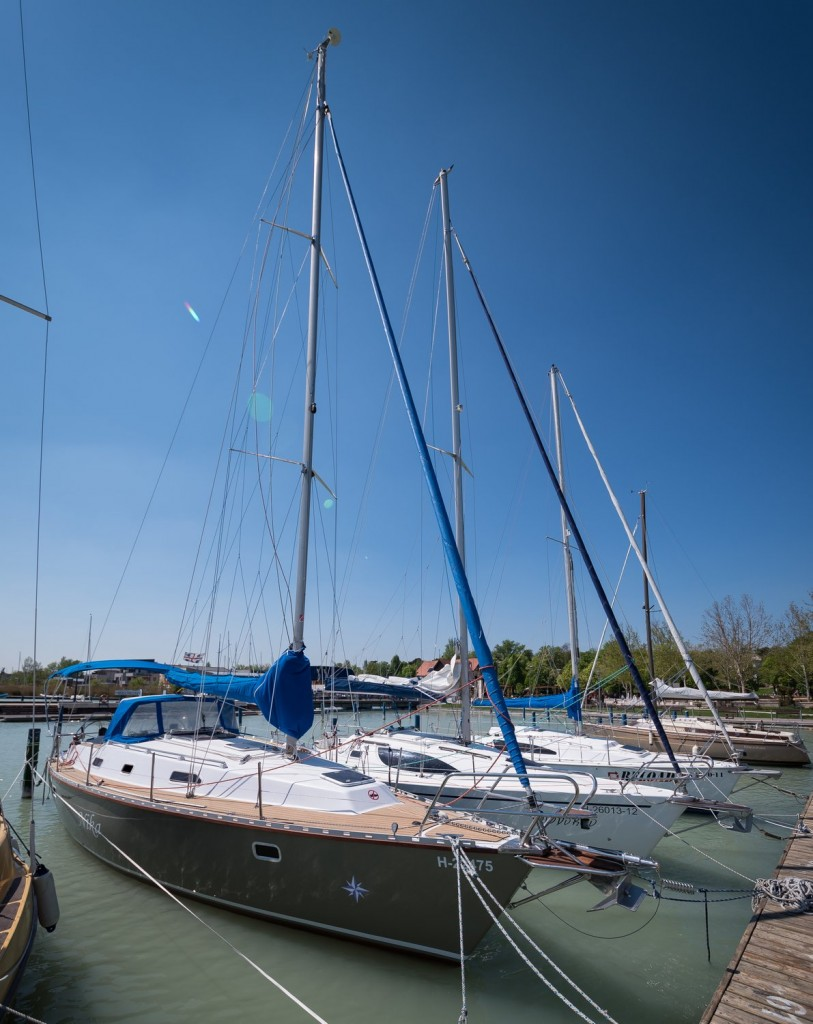 r yacht